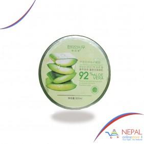 92% Aloe Moisturizing and Repairing Gel